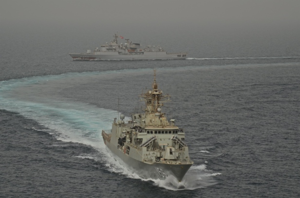 HMAS Toowoomba with the Turkish frigate TCG Barbaros