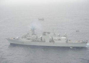 250 miles SE of Mogadishu, HMCS Toronto providing cover for the approaching boarding team.