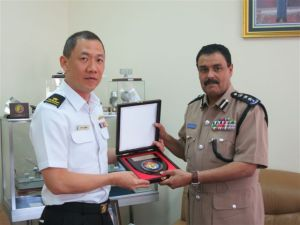 Rear Admiral Giam Hock Soon of the Republic of Singapore Navy meets with Commodore Mahfoodh bin Hamood bin Mohammed al Wahaibi, the Director General for Operations and Plans of the Royal Navy of Oman