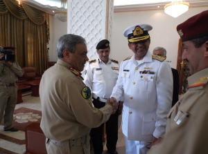 Major General Al-Ashwal, Chief of General Staff for Yemen Armed Forces, Major General Abdullah Salem Alnakhiy, Commander of Naval Forces and Coastal Defence welcoming Commodore Khaliq. Photographed by: Lt Cdr Aslam
