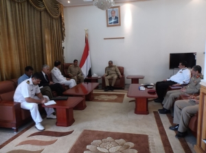 Commodore Khaliq meeting with Major General Al-Ashwal, Chief of General Staff for Yemen Armed Forces, Major General Abdullah Salem Alnakhiy, Commander of Naval Forces and Coastal Defence and other senior officers. Photographed by: Lt Cdr Aslam
