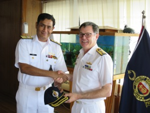 Director General Maritime Security Agency, Rear Admiral Athar Mukhtar and Commander Combined Task Force 150, Commodore Daryl Bates exchange gifts.