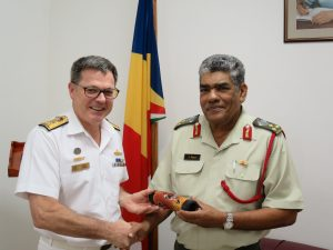 Commander CTF 150, Commodore Daryl Bates, Royal Australian Navy and Chief of the Seychelles People's Defence Forces, Brigadier Leopold Payet exchange gifts in Victoria, Seychelles.