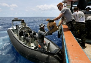 TOOW sailors transport narcotics to ship