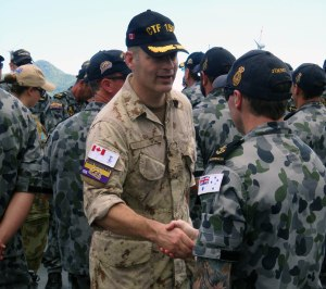 Commodore Brian  Santarpia Royal Canadian Navy, CCTF-150, meets members of HMAS Toowoomba's Ship's Company