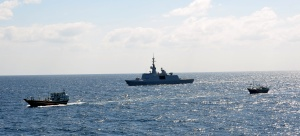 The French frigate Guépratte rendered assistance to distressed mariners