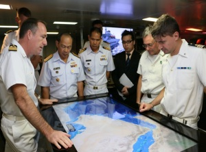 Captain Virdis, Commanding Officer of the ITS Andrea Doria, provided a tour of his ship to Rear Admiral Pakorn Wanich from the Royal Thai Navy and Commander CTF 151