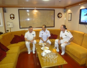 Rear Admiral Guido Rando from the Italian Navy and Commander of CTF-465, with Captain Virdis, Commanding Officer of the ITS Andrea Doria, welcomed Rear Admiral Pakorn Wanich from the Royal Thai Navy and Commander CTF 151 in the Wardroom