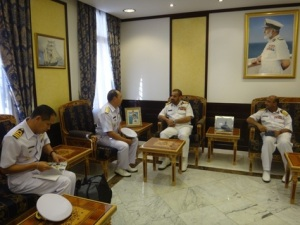 Rear Admiral Pakorn Wanich and Rear Admiral Abdullah Bin Kahmis Al-Raisi discussed the general maritime situation in the region