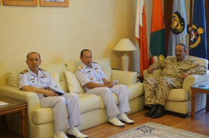 Rear Admiral Pakorn Wanich from the Royal Thai Navy and current Commander of CTF 151 met with His Excellency Field Marshal Sheikh Khalifa Bin Ahmed Al Khalifa, Commander in Chief of the Bahrain Defence Force