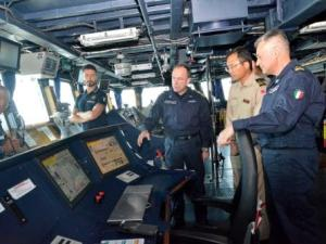The officers from JS Harusame were given a tour of the ITS Andrea Doria