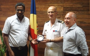 Capt. Crignola, CCTF150, meets with Mr. Charles Bastienne, Seychelles Ministry for Home Affairs, and with French Ambassador in Seychelles, M. Lionel Majesté-Larrouy