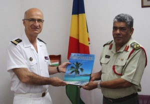 Capt. Crignola, CCTF150, meets with Brigadier General Leopold Payet, Seychelles People's Defence Forces Chief of Defence staff, to discuss maritime security matters