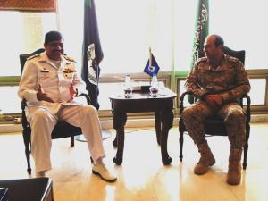 CCTF151 Cdre Asif Hameed Siddique discussing Maritime Security with Commander East Fleet R/Adm Fahad Al-Gufaily