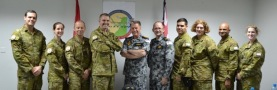 20121216_ch-of-ran-visits-ctf-150_meets-ran-personnel