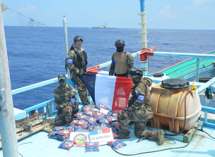 FS Surcouf makes first seizure of Op Southern Surge with 125 kg of heroin