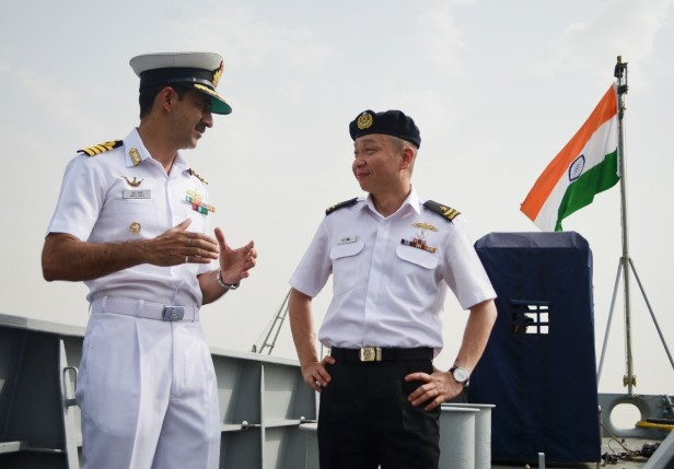 20180722-CCTF 151 with Capt Jaitly of INS Teg during Djibouti KLE