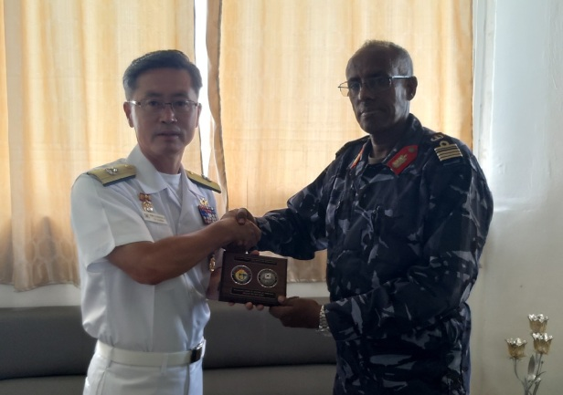 CCTF151 meets the Commander Djibouti navy