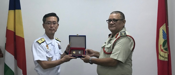 20190812_Rear Admiral Yu with SPDF....